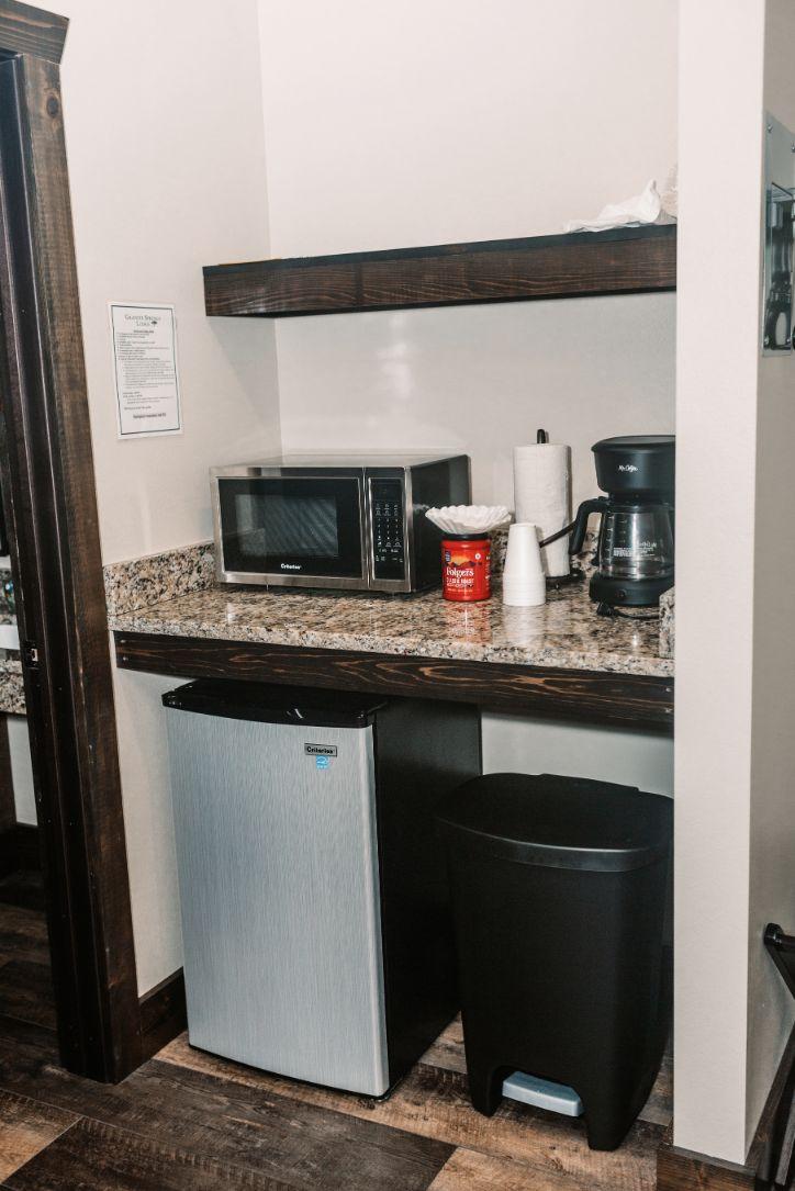 Villa Honeymoon Suite kitchenette