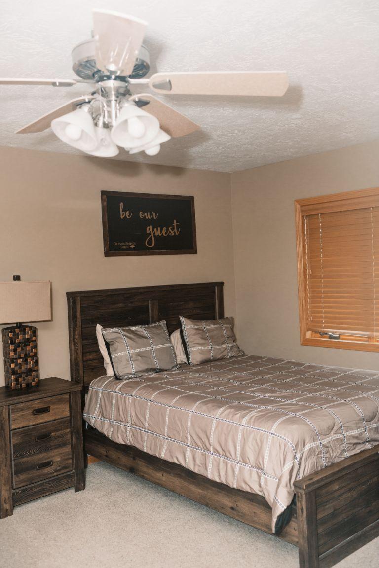 Main lodge bedroom (upper suite)