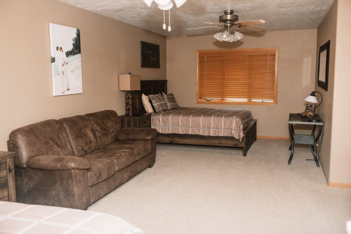 Main lodge (upper bedroom suite)
