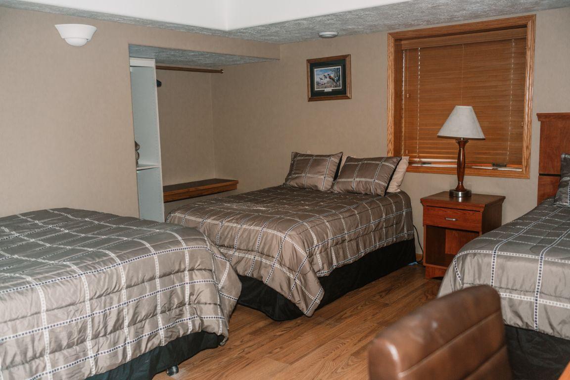 Main Lodge bedroom