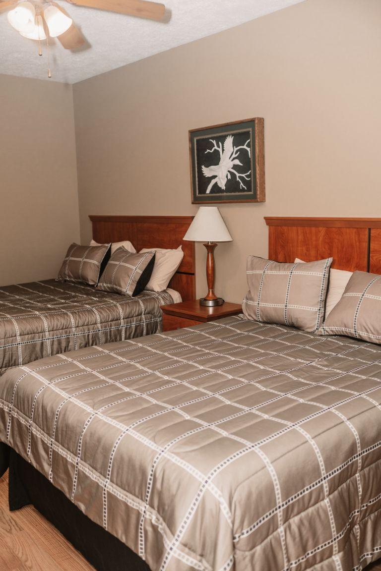 Main lodge bed room